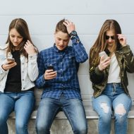 The Best Ways You Can Fight Teen Cell Phone Addiction