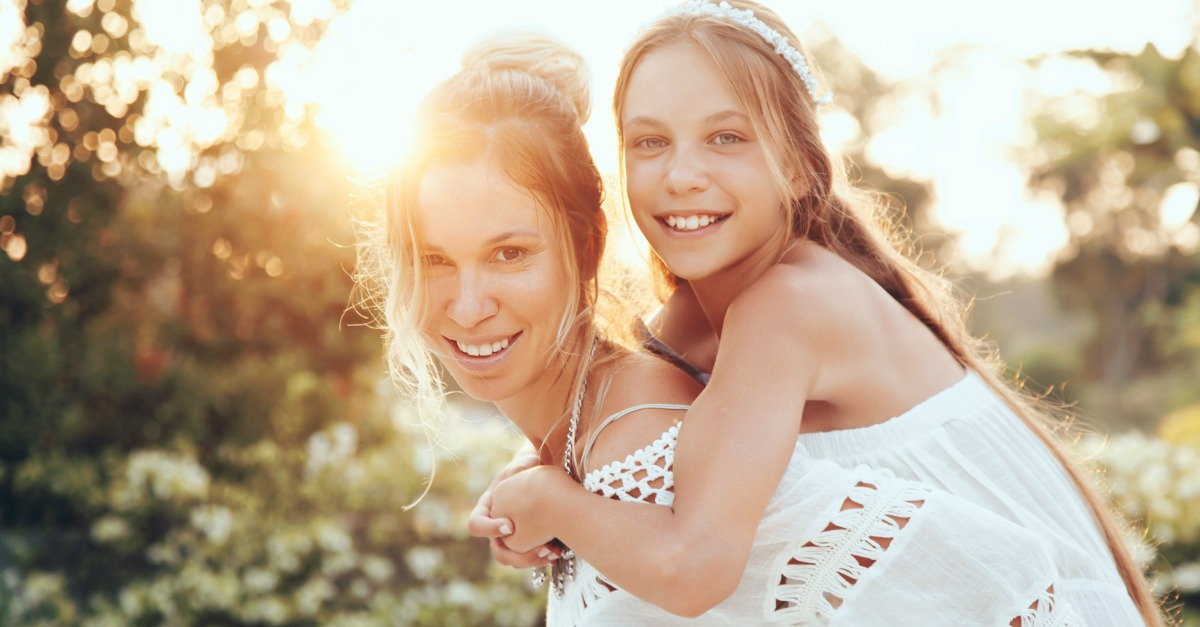 5 ways to build a strong bond with your tween that will last