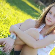How To Keep Puberty From Killing Your Tween Girl's Confidence